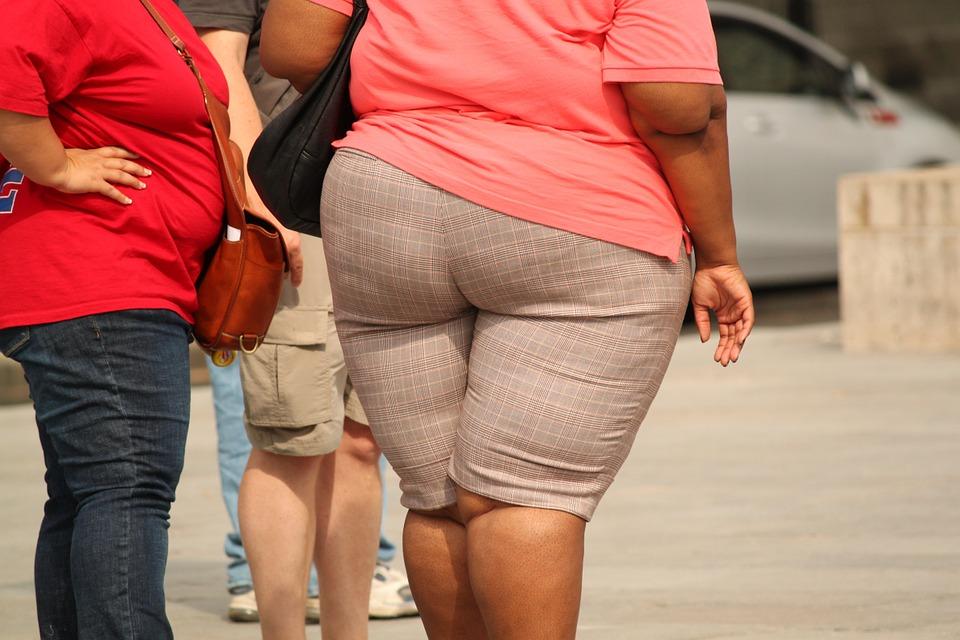 Boa parte dos pacientes que se submete à cirurgia bariátrica volta a ganhar peso por não fazer acompanhamento necessário