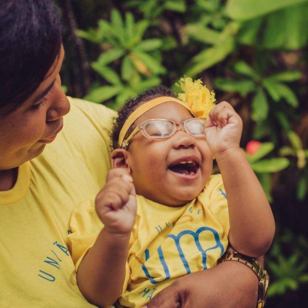 Inabela descobriu os sintomas da Zika com seis meses de gestação. A filha Graziella. que nasceu com microcefalia, fez dois anos em outubro (Foto: Reprodução- Cabeça e Coração)