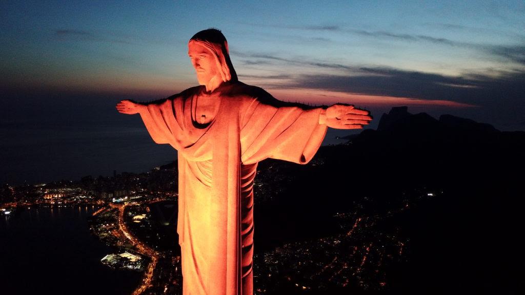 Cristo Redentor no Rio de Janeiro será iluminado de laranja no próximo 25 de novembro. (Foto: UNIC Rio/Célio Durães)