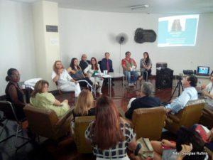 Primeiro SuperAção aconteceu no lounge da ABI, no 11º andar da sede no Centro do Rio, e reuniu mais de 40 pessoas (Foto: Luis Mario Araújo)